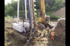stocklot - Used piling / drilling rig  Casagrande B 425 CFA