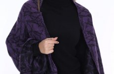 stocklot - Female Shawls Scarves