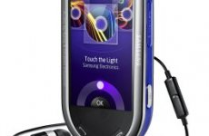 stocklot - Samsung M7600 BEATDJ mobile phone without Simlock
