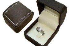 stocklot - Engagement Velvet Ring Box