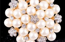 stocklot - 2015 Hot Style Hot Fashion Pearl Brooches, Full Of Fashionable Diamond Flower Brooch