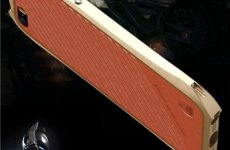 stocklot - Iphone SE Batman Aluminum Screw Phone Bumper