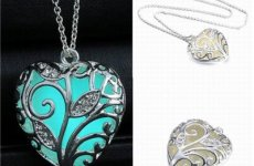 stocklot - Hot Sale Luxury Fashion New Design Glow In The Dark Heart Necklace, Heart Locket Pendant Necklace