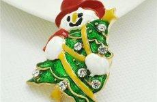 stocklot - Christmas Brooch