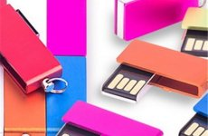 stocklot - Mini Metal Swivel USB Flash Drives With Keychain