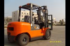 stocklot - FD40 Forklift Truck