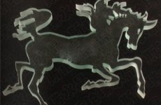 stocklot - Lifelike Crystal Horse Figurines