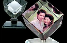 stocklot - Custom Design Rotating Glass Photo Frame